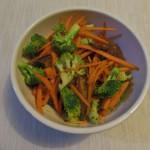 Salteado de brócoli, zanahoria y shiitake – Broccoli, carrot and shiitake sauté